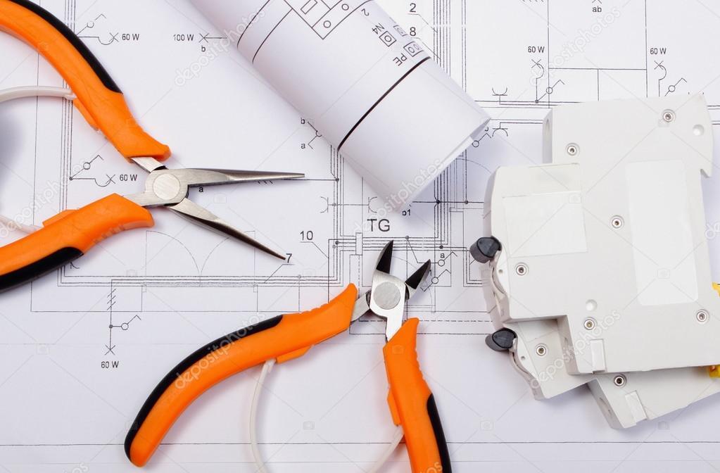 Schemi Elettrici Quadro : Schemi elettrici quadro elettrico e strumenti di lavoro su