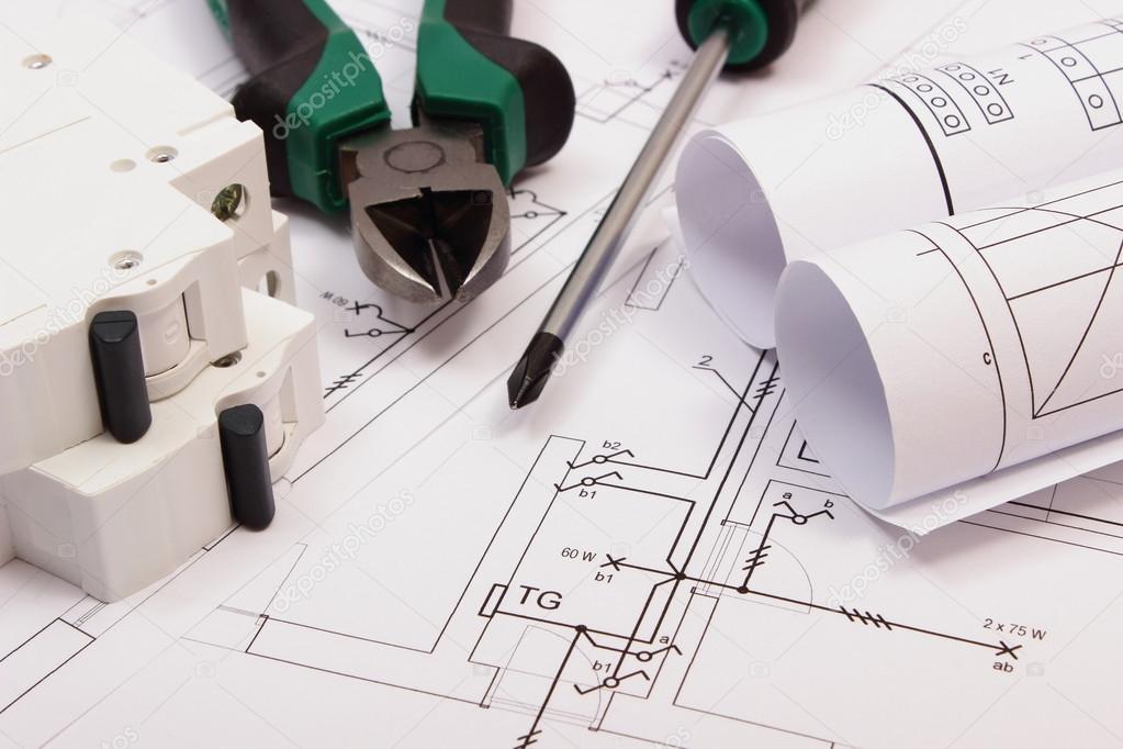 Anbaugeräte, Elektrische Sicherung und Rollen von Diagrammen auf Bau ...