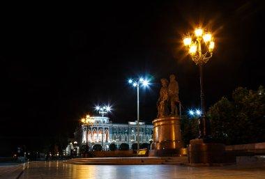 monument Tatishchev  and de Genin night