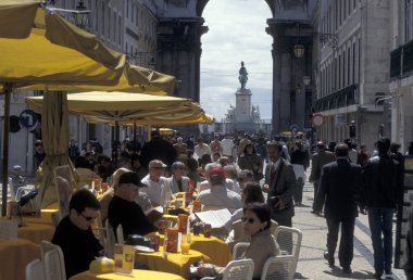 sidewalk cafe in Lisbon