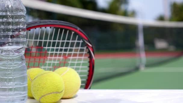 Koncept zdravého životního stylu, voda, strava, Fitness, tenis