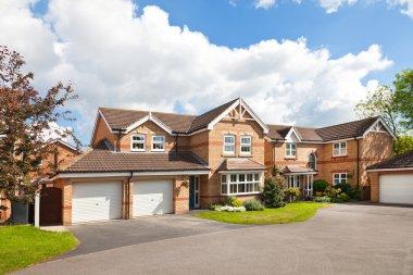 Exclusive english new estate