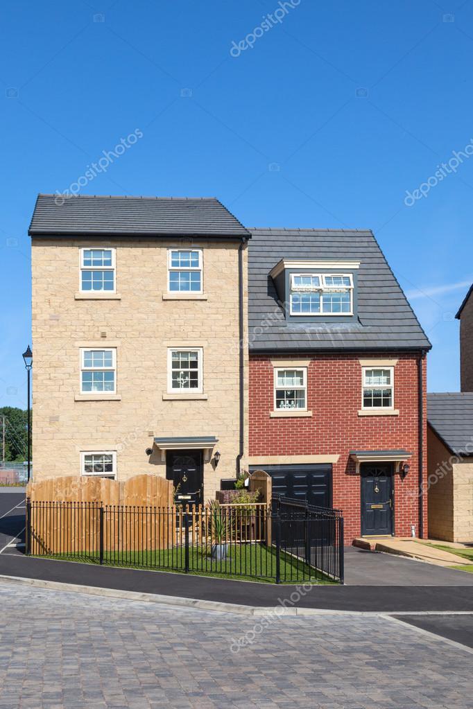 Nuove case inglesi foto stock ewelinas85 84360160 for Case inglesi foto