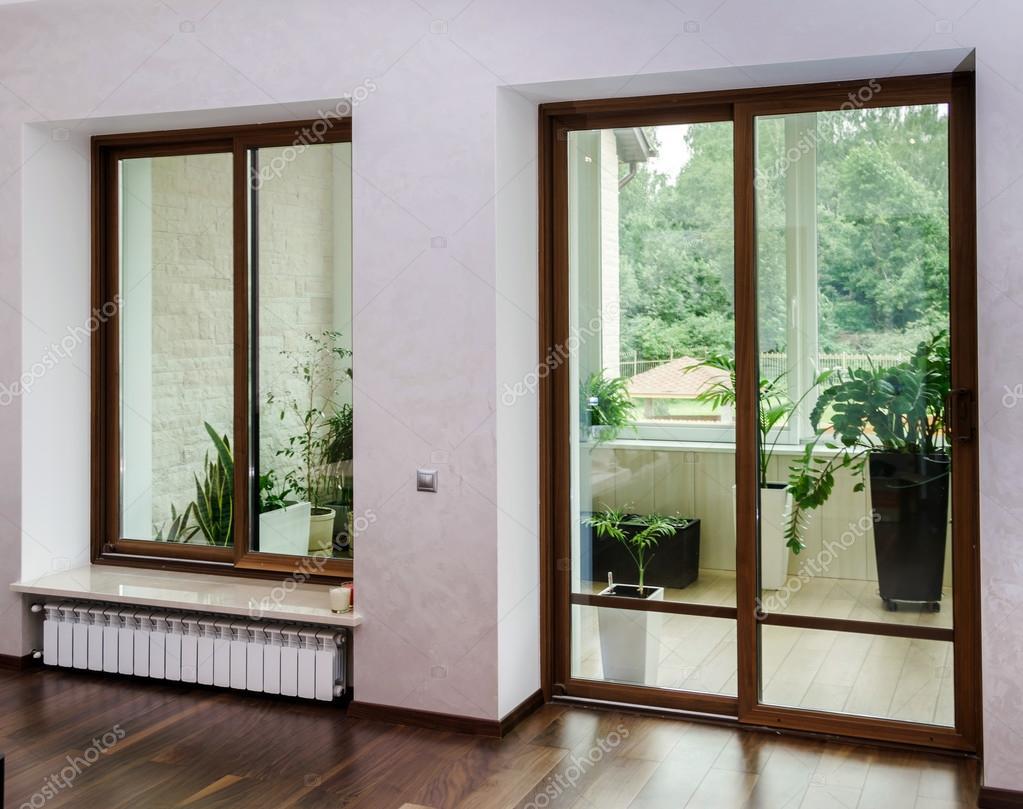 neue gfk-schiebetüren für terrasse — stockfoto © sorokopud #54759289, Gartengerate ideen
