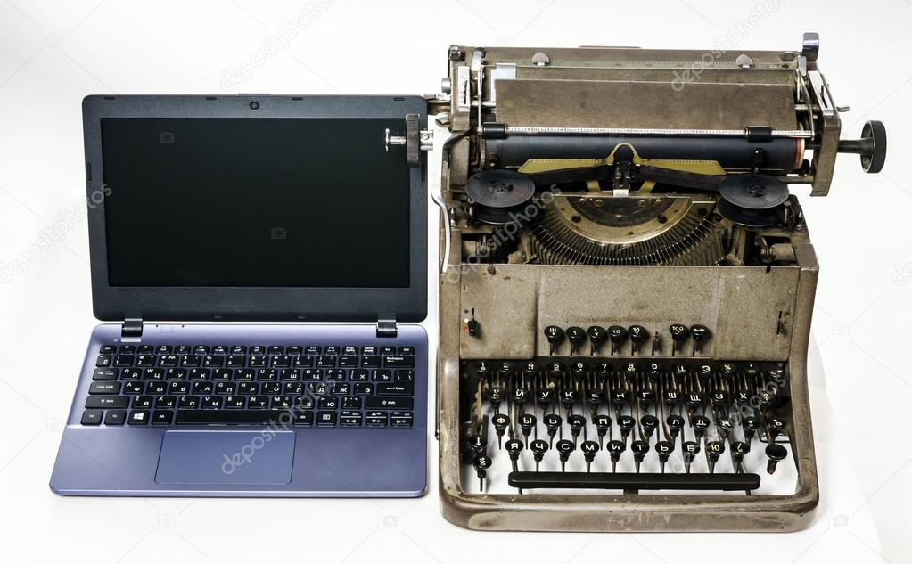 differences between typewriter and computers