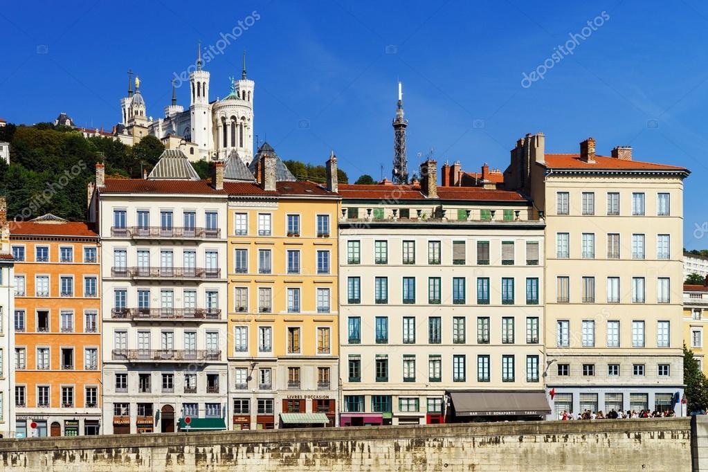 Vue de paysage de ville lyon france photographie for Piscine concept lyon