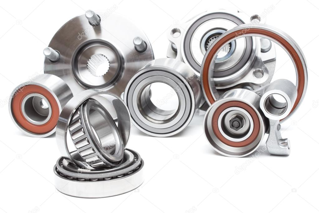 Group bearings and rollers  for the engine and chassis suspension