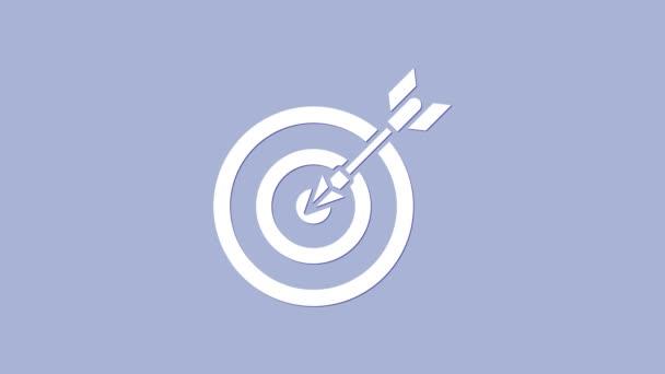 Weiße Target mit Pfeil-Symbol isoliert auf violettem Hintergrund. Hinweisschild. Bogenschießen Ikone. Dartscheibe. Geschäftszielkonzept. 4K Video Motion Grafik Animation