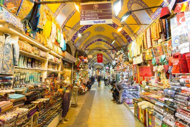 Istambul, Turkey - November 27, 2014: Mall Grand Bazaar (Kapalıcarsı) in Istanbul, Turkey