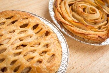 Apple pie and Apple Rose pie