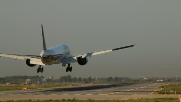 osobní letadlo přistání