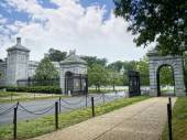 Photo The Entrance to Arlington Cemetery in  Virginia USA