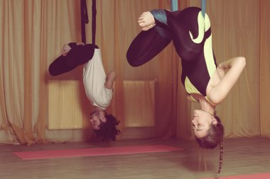 Classes in yoga fly. Meditation