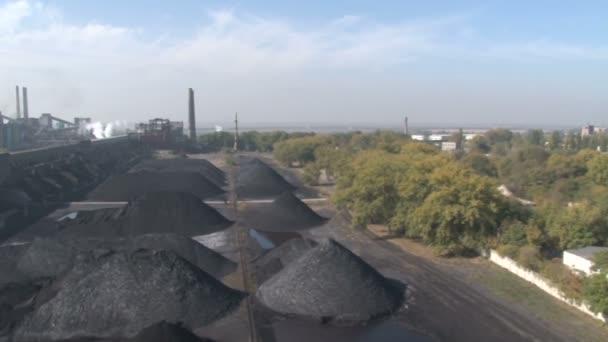 Rengeteg szén felülnézet
