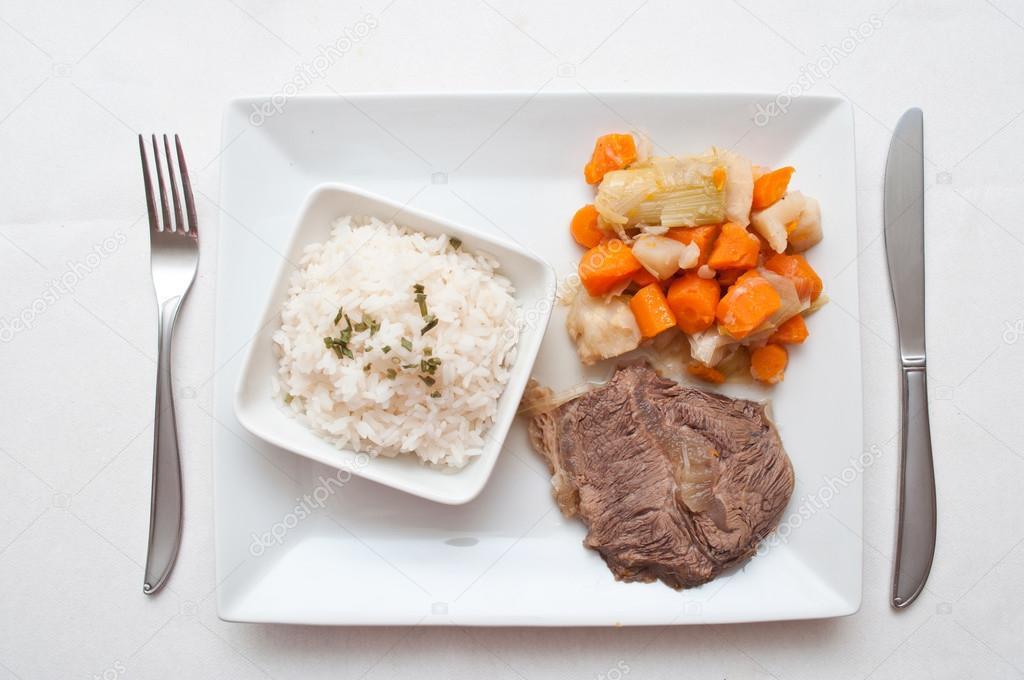 Pot Au Feu Französische Gastronomie Mit Rindfleisch Und Reis