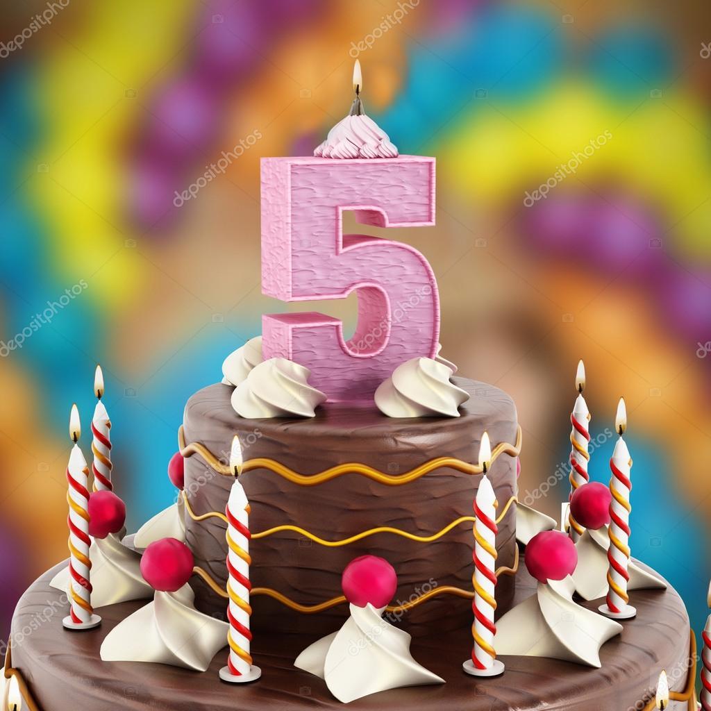 Vela Cumpleaños De La Torta Con El Número 5 Encendida Foto De