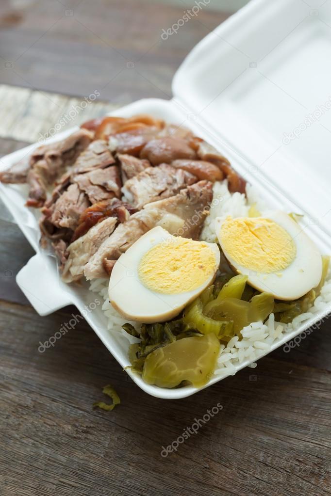 Cuisine tha landaise bo te lunch compote jambe de porc for Cuisine thailandaise