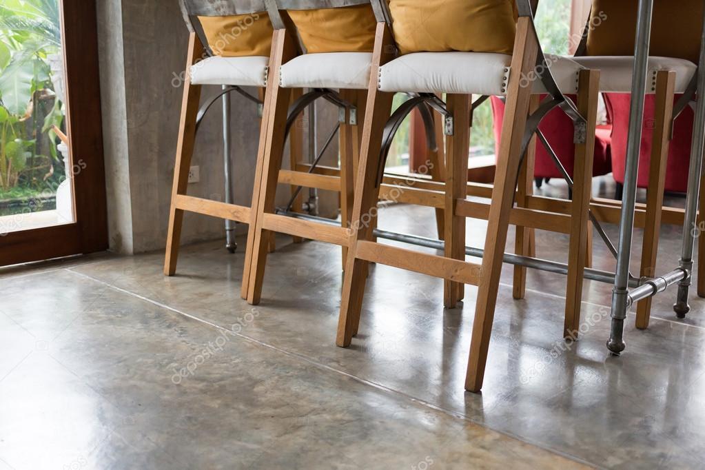 woonkamer interieur café koffie met houten bar — Stockfoto ...