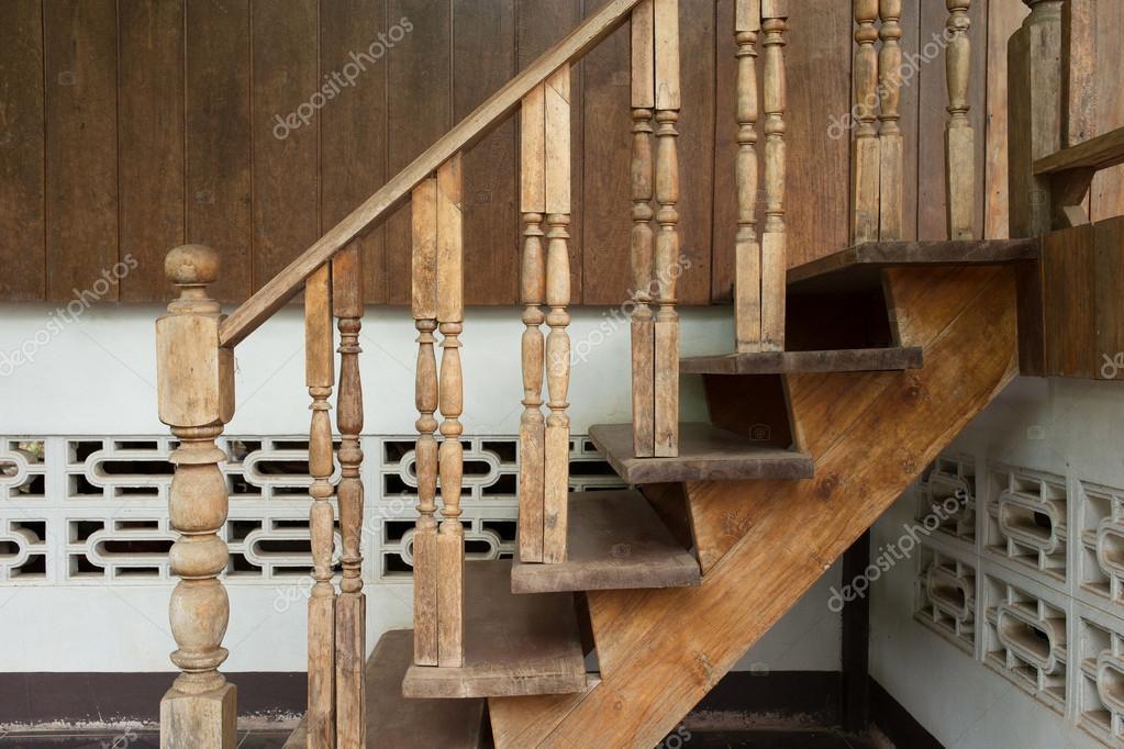 fa lépcső, Lépcsőkorlát, faragott fa thai stílusban — Stock Fotó ...