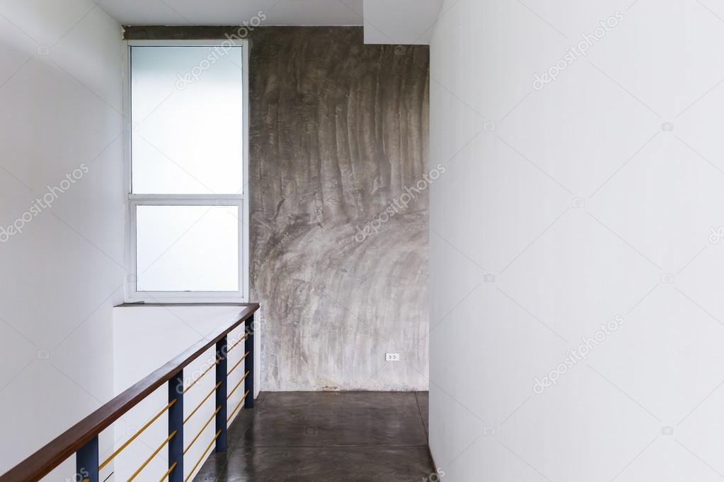 Architekturdesign House Durchgang Betonfussboden Stockfoto