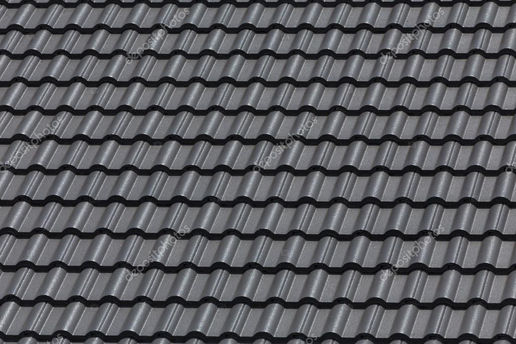 czarny dach u00f3wka dachu na budynku domu rezydencja  u2014 zdj u0119cie stockowe  u00a9 sutichak  88057730