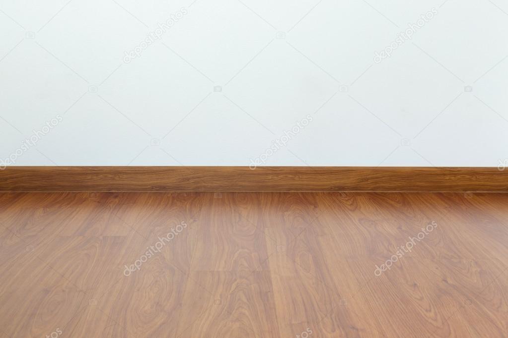 갈색 나무 라미네이트 바닥 및 백색 박격포 벽 빈 공간 — 스톡 ...