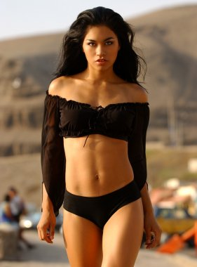 Miss Peru 2005 - Black Slinky Top - Black Bottoms