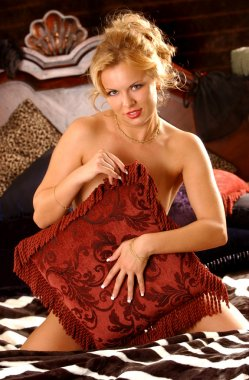 Implied Nude - Stunning Blond