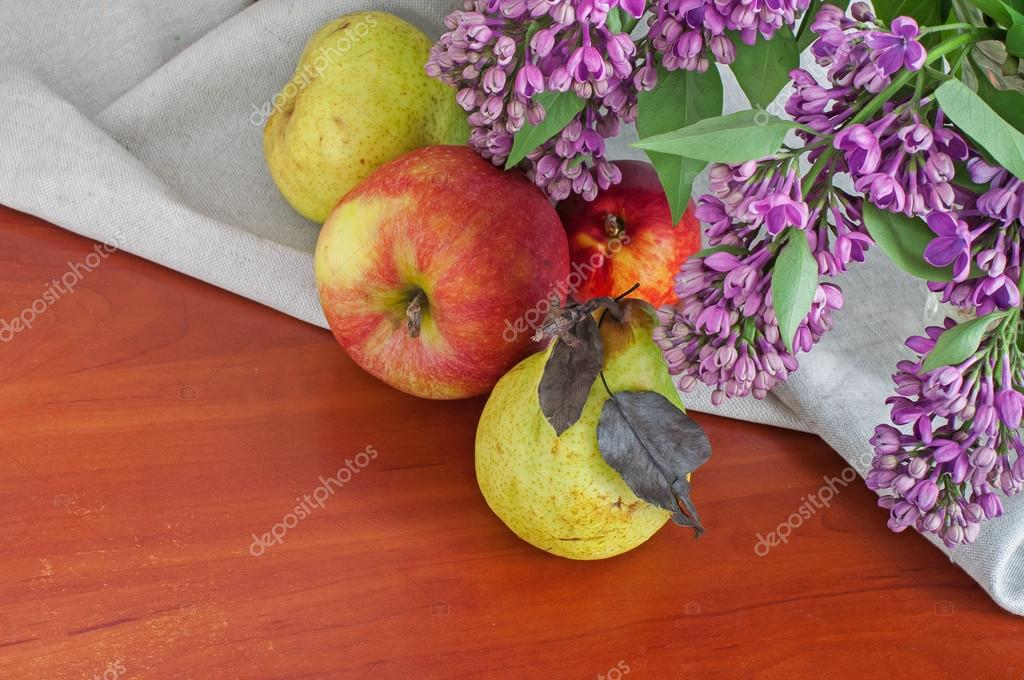 Still life with lilac pears and apples