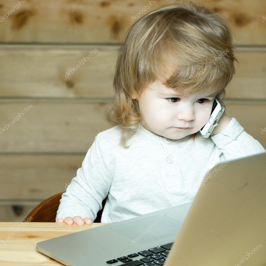 Smart Cute Baby Boy Stockfoto Tverdohlibcom 102973668