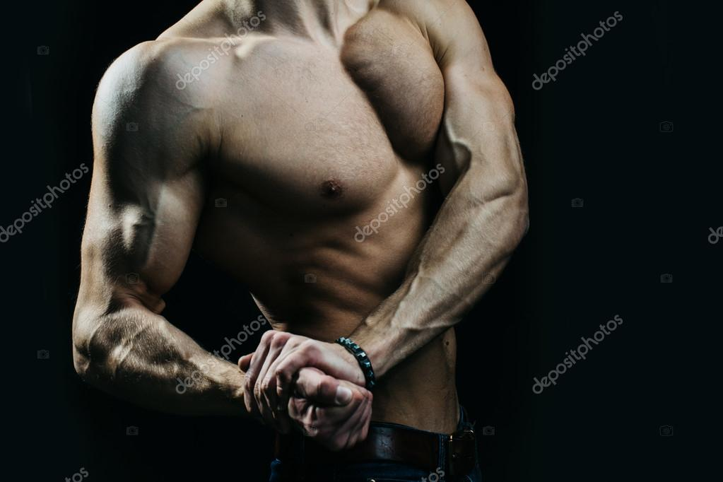 Muscular man with veins on hands — Stock Photo © Tverdohlib.com ...
