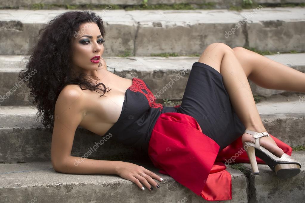 Beautiful women dildo sex video