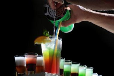Many alcoholic cocktails
