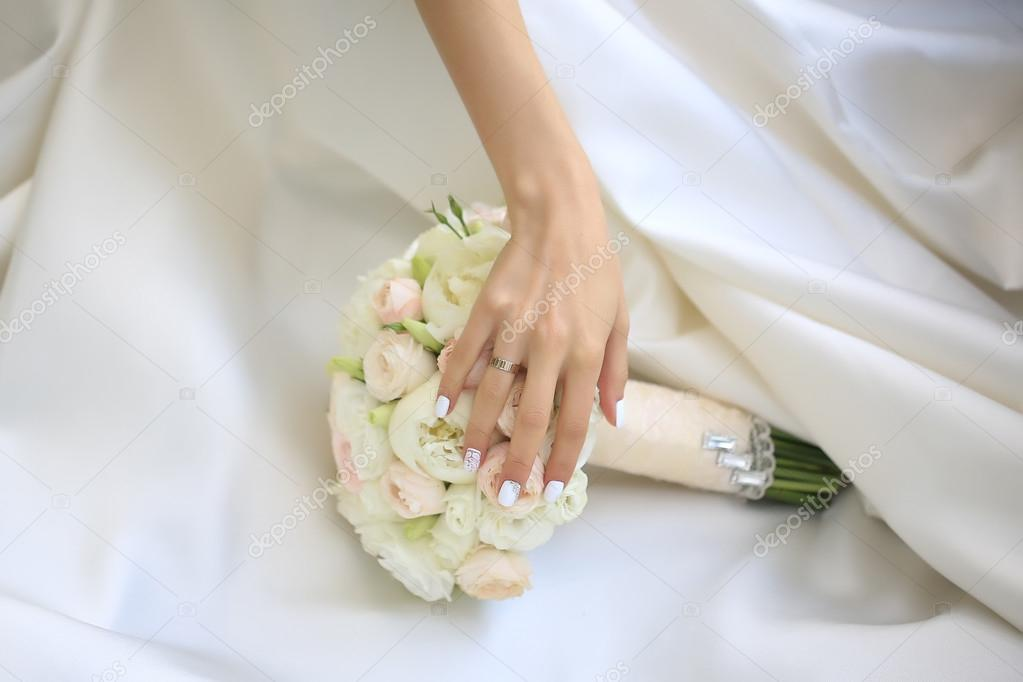 Weisse Hochzeitsblumen Stockfoto C Tverdohlib Com 86663300
