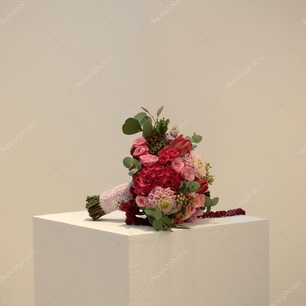 One bouquet on cube — Stock Photo © Tverdohlib.com #90681602