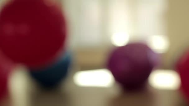 tornaterem háttér homályos golyó fitness ugrás sportcsarnok
