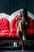 Photo Naked woman with wine