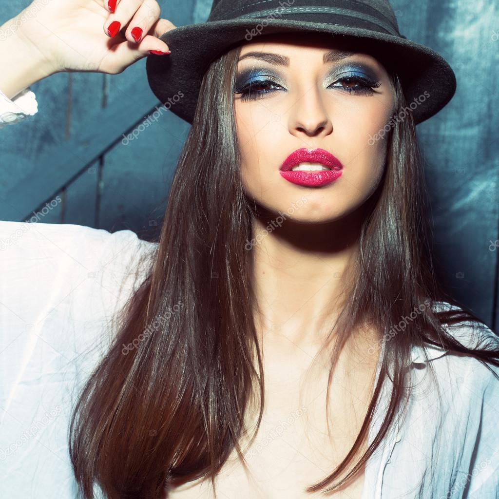 Buy Girl stylish images with hat pictures trends
