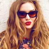 Mode Mädchen Kuss machen