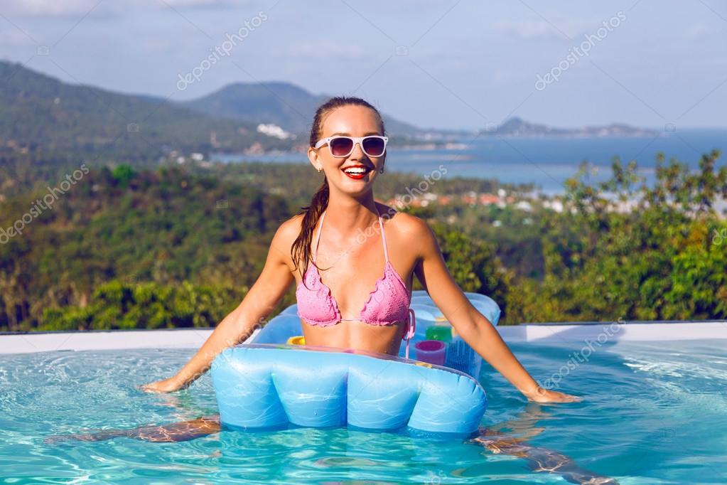 At pool pics 90
