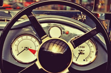 Retro car steering wheel and speedometer with datchykamy.Retro s