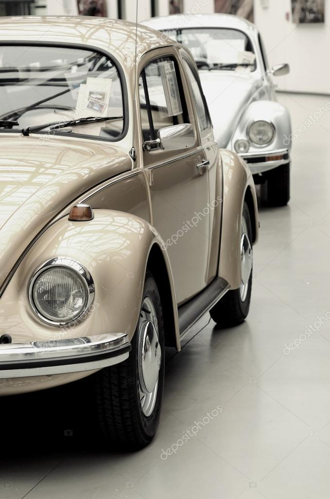 Fragment of beautiful stylish old cars. Vintage style. — Stock Photo ...