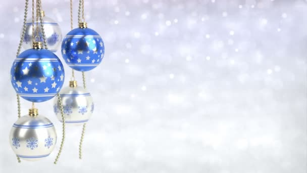 modrá a stříbrná vánoční koule visící na pozadí bokeh. Bezešvá smyčka. 3D vykreslování