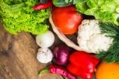 Összetétele vegyes nyers bio zöldség