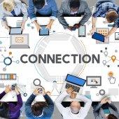 Kapcsolat Online hálózati kapcsolat csatlakoztatott koncepció