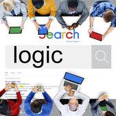 Geschäftsleute und Technologiekonzept Suche