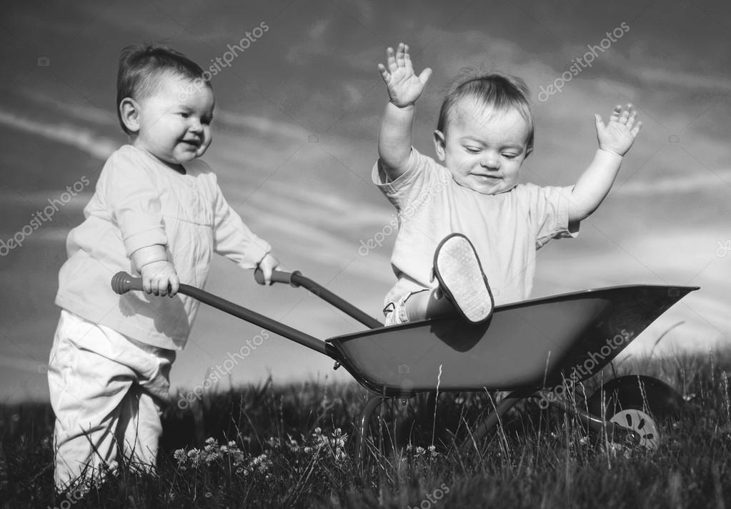 Bambini Che Giocano Insieme Foto Stock Rawpixel 114490680