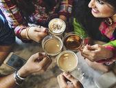 Fotografie friends in coffee shop
