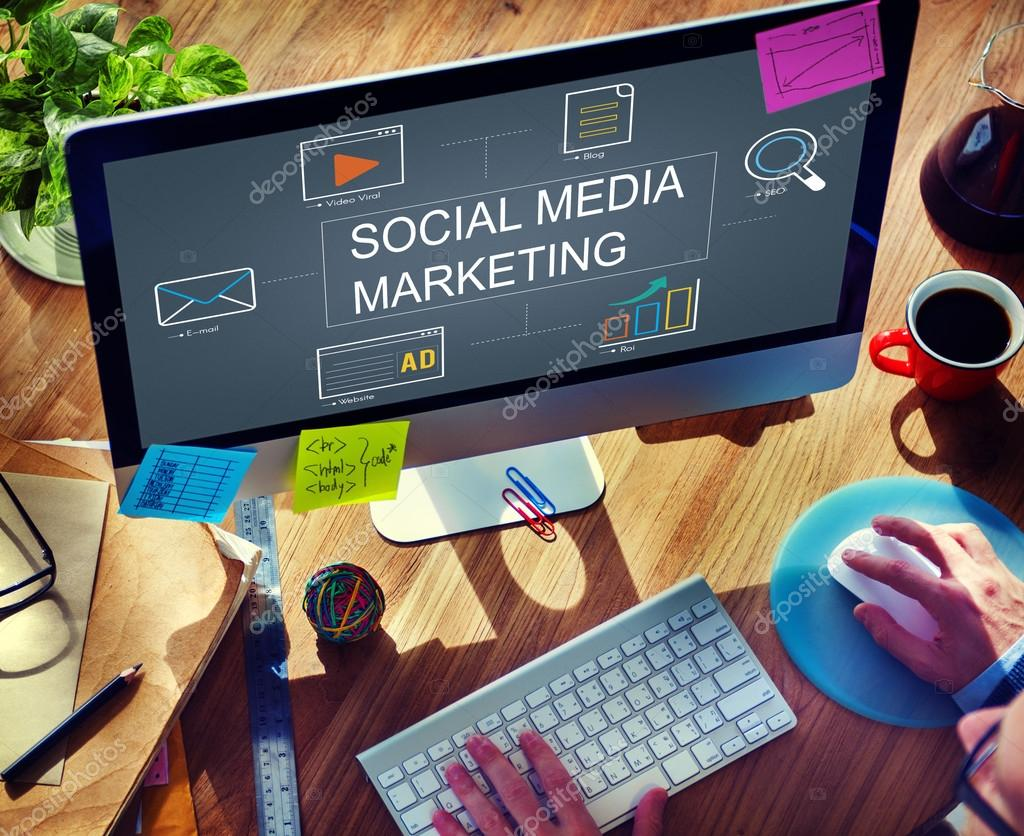 Computer with Social Media Marketing Concept