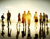 Fotografia Gente di affari camminare sulla pedonale